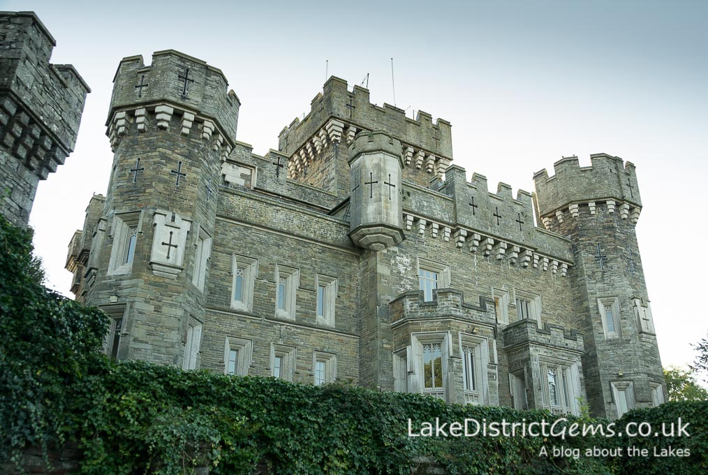 Wray Castle from the car park