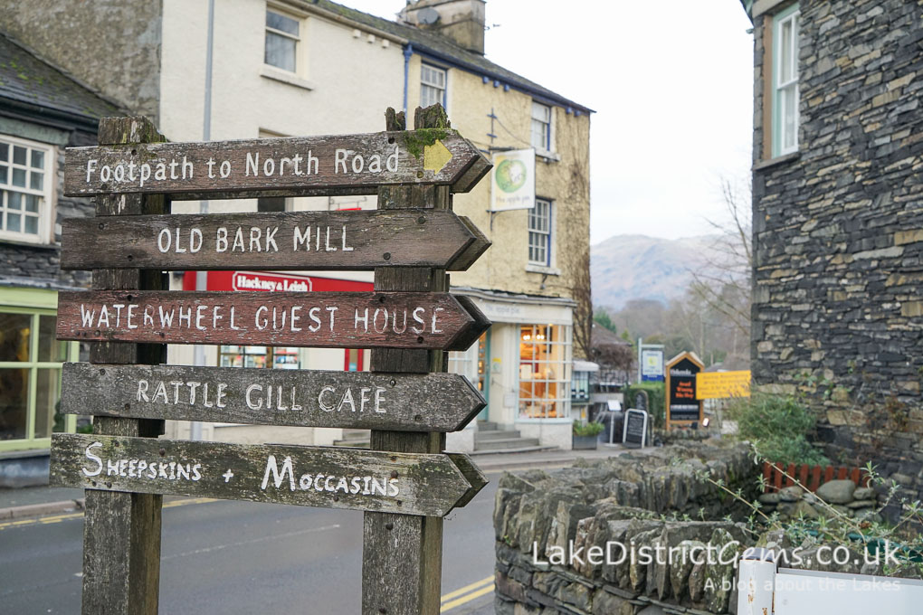 Sign to North Road in Ambleside